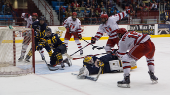 Men's Hockey vs. Quinnipiac